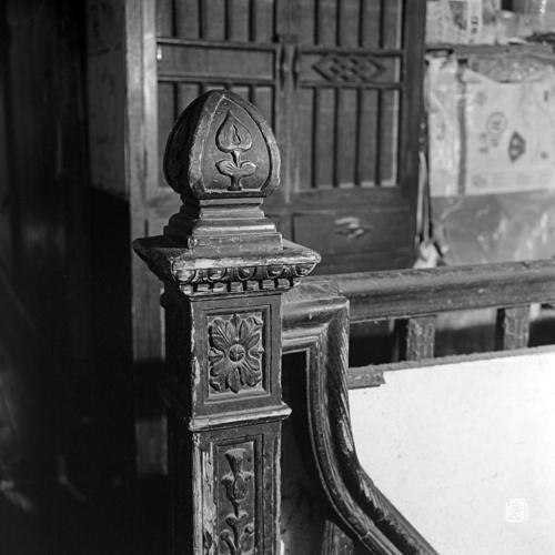 ornamental newel post