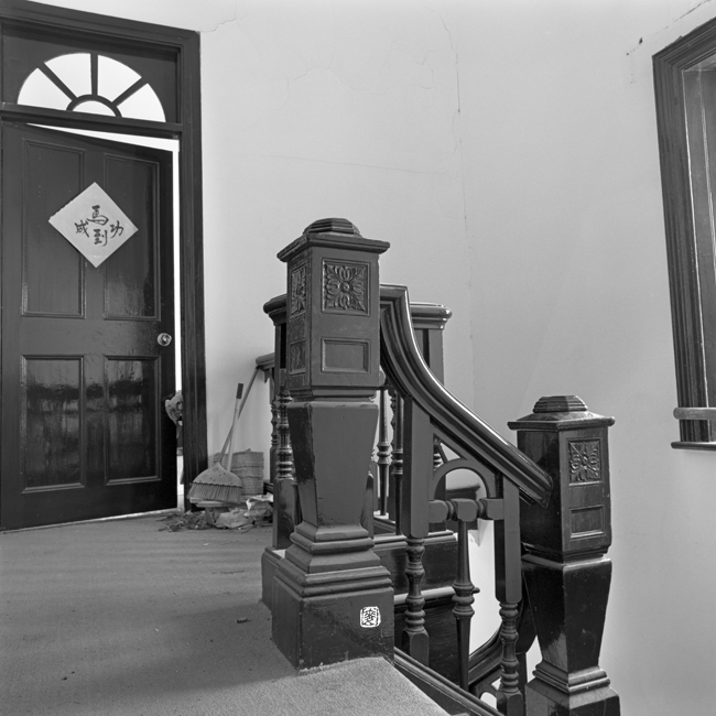 ornamental newel posts